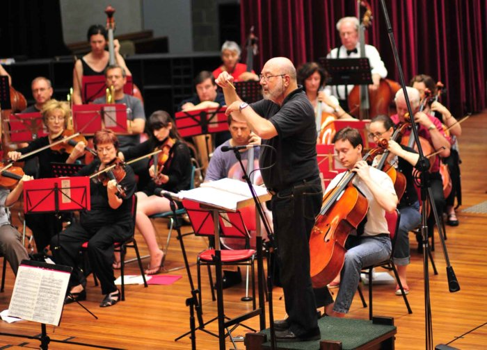 Gary Stavrou impressively conducts the Balmain Sinfonia