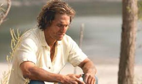 Matthew McConaughy stars in MUD