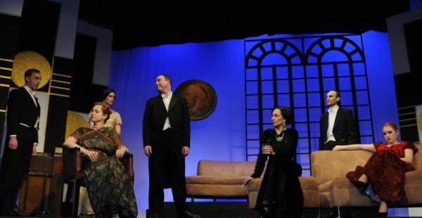The cast of DANGEROUS CORNER. Pic Craig O'Regan