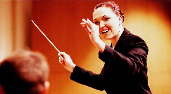 Sarah Grace conducting the TMO