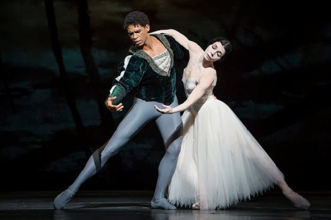Carlos Acosta and Natalia Osipova shine in the Royal Ballet's revival of GISELLE, part of this year's Palace Opera and Ballet season