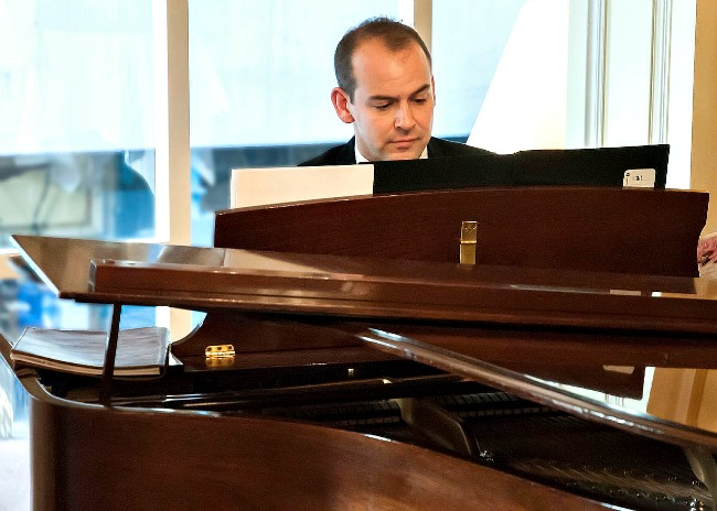Pianist Chris Cartner was in scintillating form at this Pitt Street Uniting Church recital