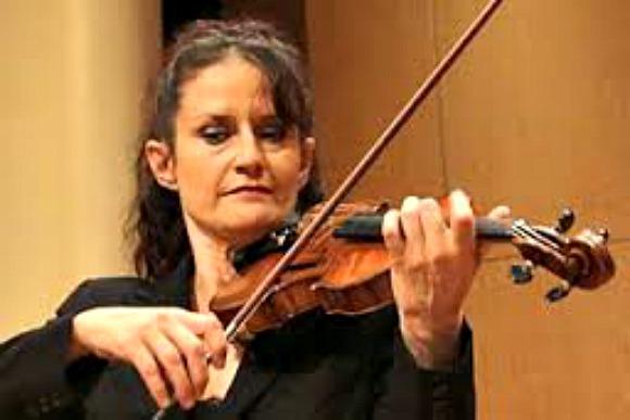 Violinist Kirsten Williams