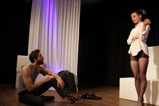 Oleg Pupovac as Edmond and Naomi Livingstone as Glenna