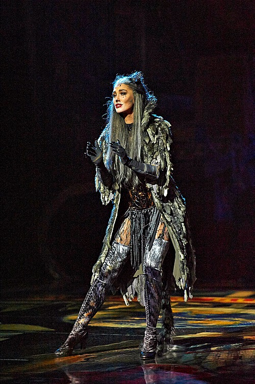 Delta Goodrem shines brightly as Grizabella in this revival of the classic West End musical