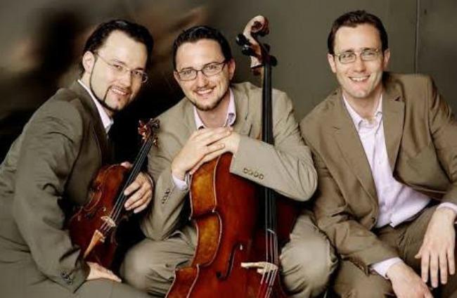 Eggner Trio2