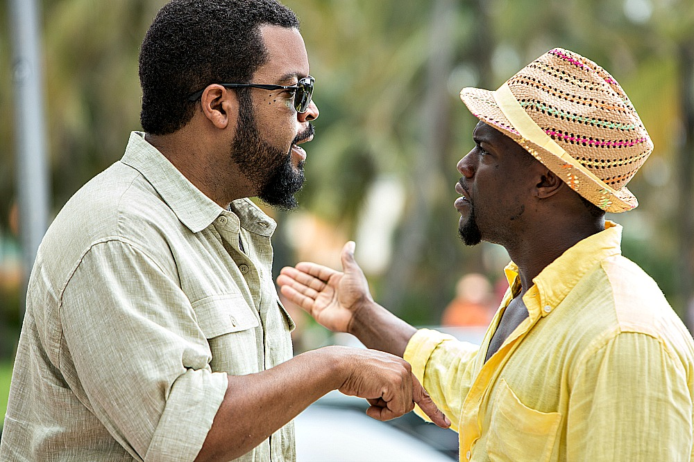 Ice Cube and Kevin  Hart in RIDE ALONG 2