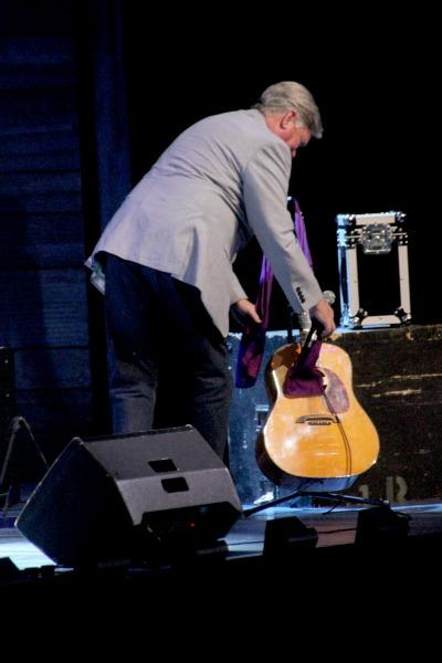 Simon Gallaher with Jon English's Guitar