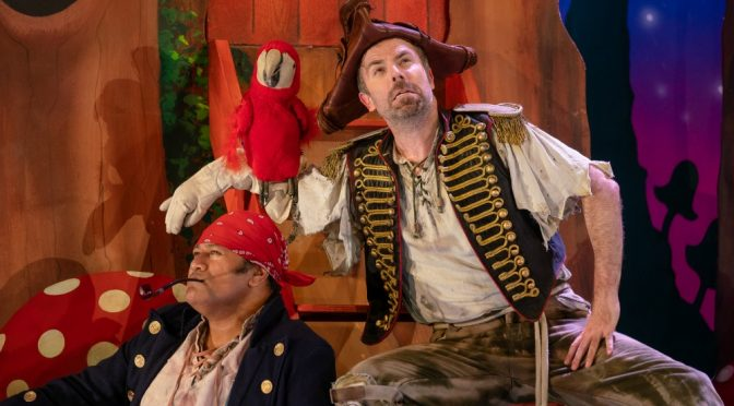 PETER PAN GOES WRONG : A NIGHT OF RAMSHACKLE REVELRY