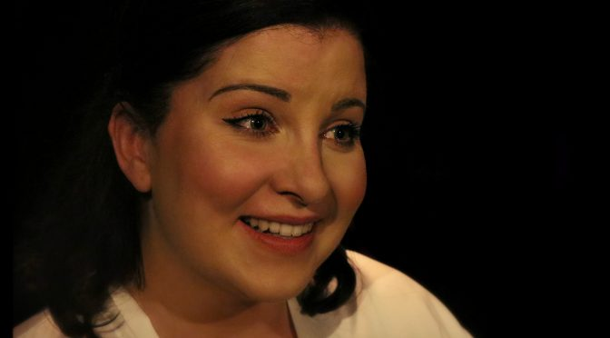 CASSIE HAMILTON'S 'PLAYING FACE' : IN YOUR FACE THEATRE