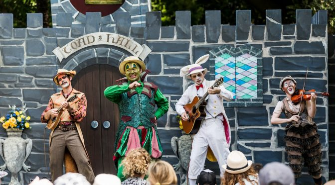 WIND IN THE WILLOWS AT THE BOTANICAL GARDENS : 2 FAMILY PASSES TO GIVE AWAY