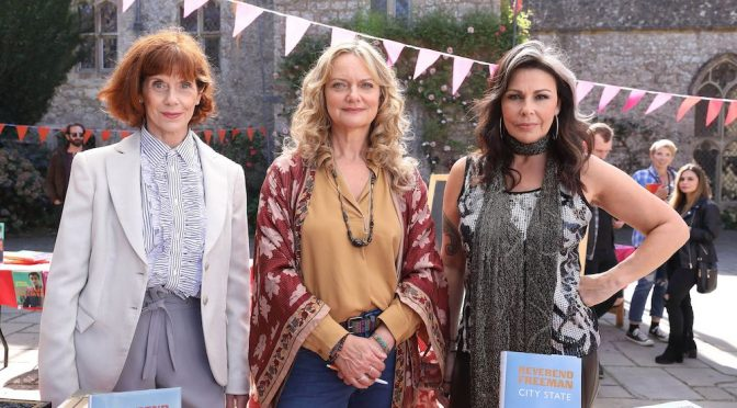 QUEENS OF MYSTERY SERIES  1 : 5 DVDS TO GIVE AWAY