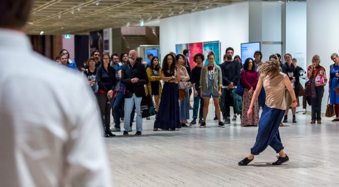 PRECARIOUS MOVEMENTS : CHOREOGRAPHY AND THE MUSEUM